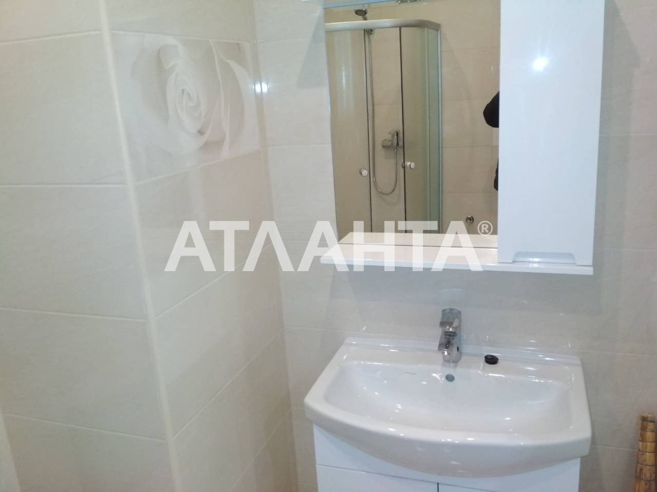 Продается 1-комнатная Квартира на ул. Радужный М-Н — 37 500 у.е. (фото №2)
