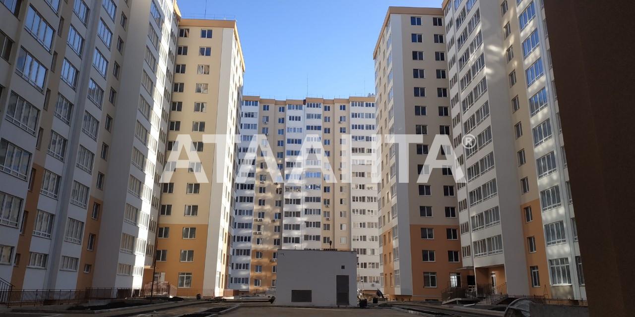 Продается 1-комнатная Квартира на ул. Радужный М-Н — 28 500 у.е.