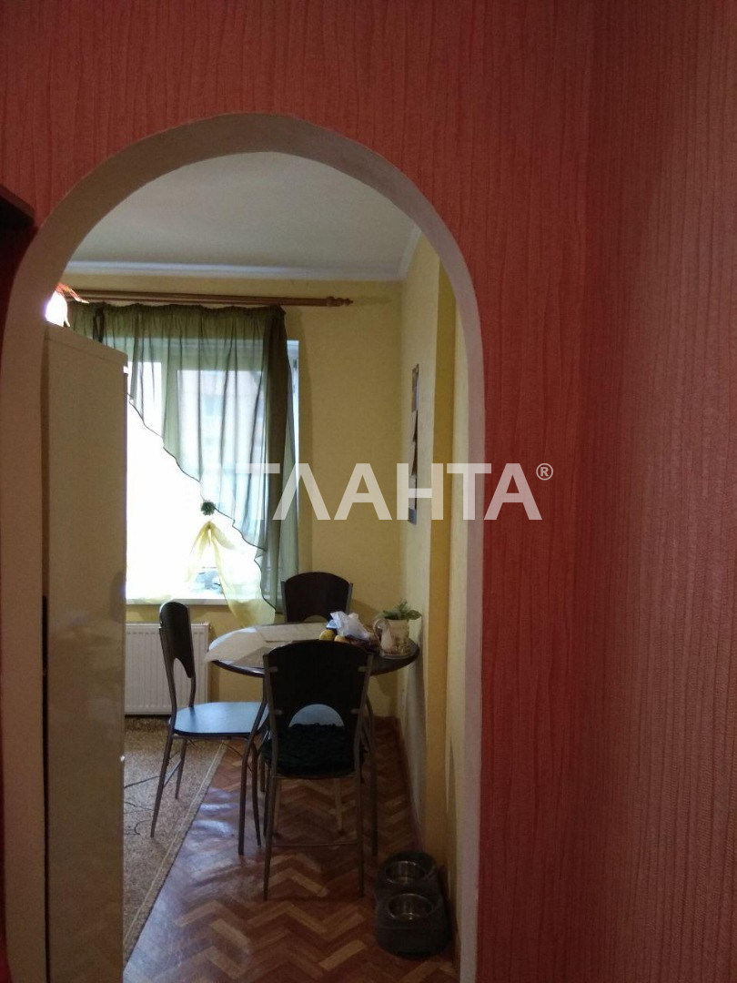 Продается 1-комнатная Квартира на ул. Радужный М-Н — 32 000 у.е. (фото №5)