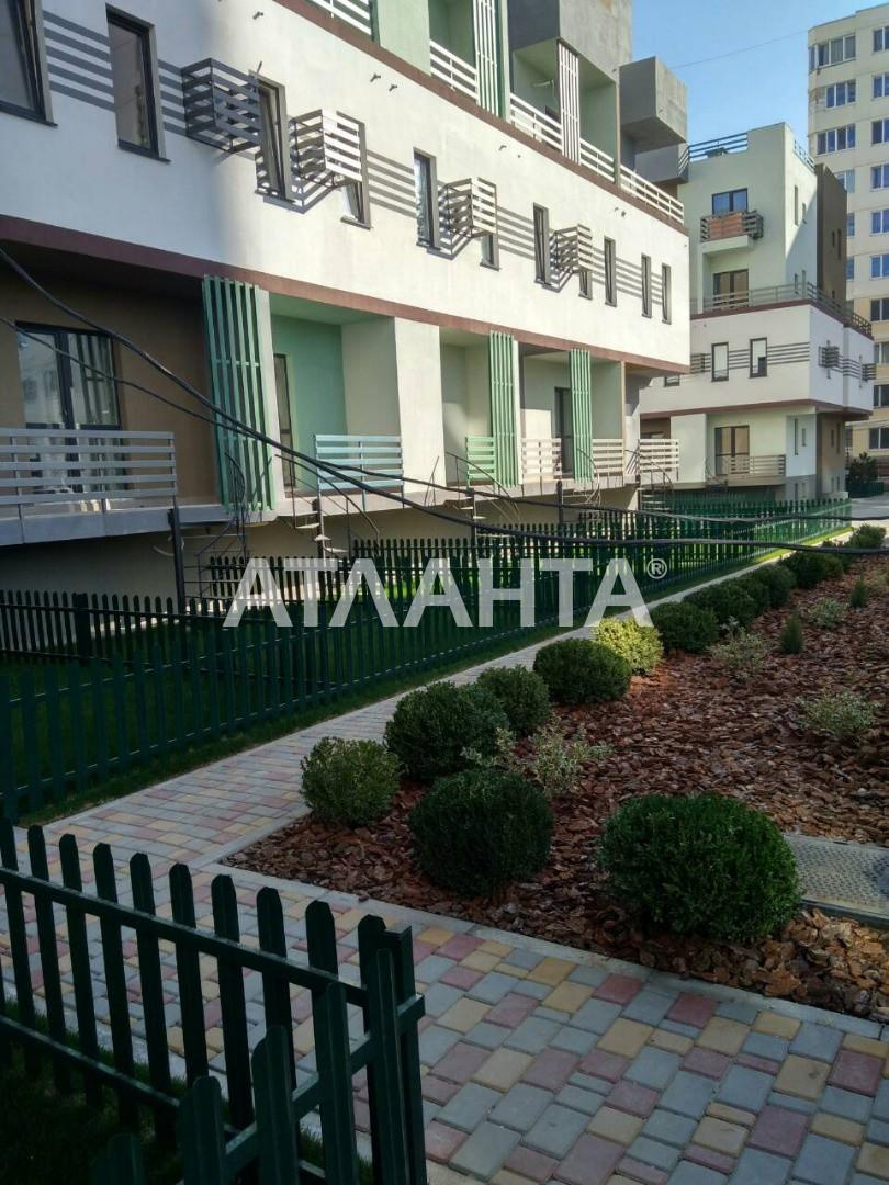 Продается 1-комнатная Квартира на ул. Бочарова Ген. — 15 000 у.е.