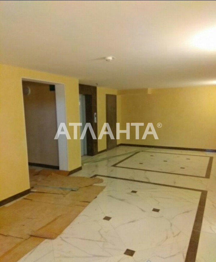 Продается 1-комнатная Квартира на ул. Бочарова Ген. — 30 000 у.е. (фото №2)