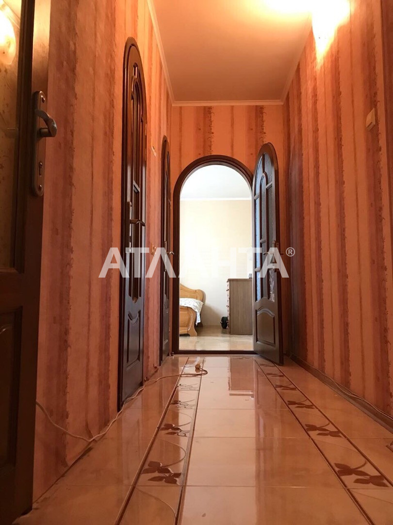 Продается 4-комнатная Квартира на ул. Инглези (25 Чапаевской Див.) — 60 000 у.е.