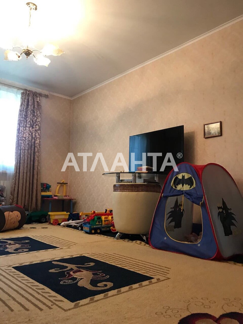 Продается 4-комнатная Квартира на ул. Инглези (25 Чапаевской Див.) — 60 000 у.е. (фото №2)