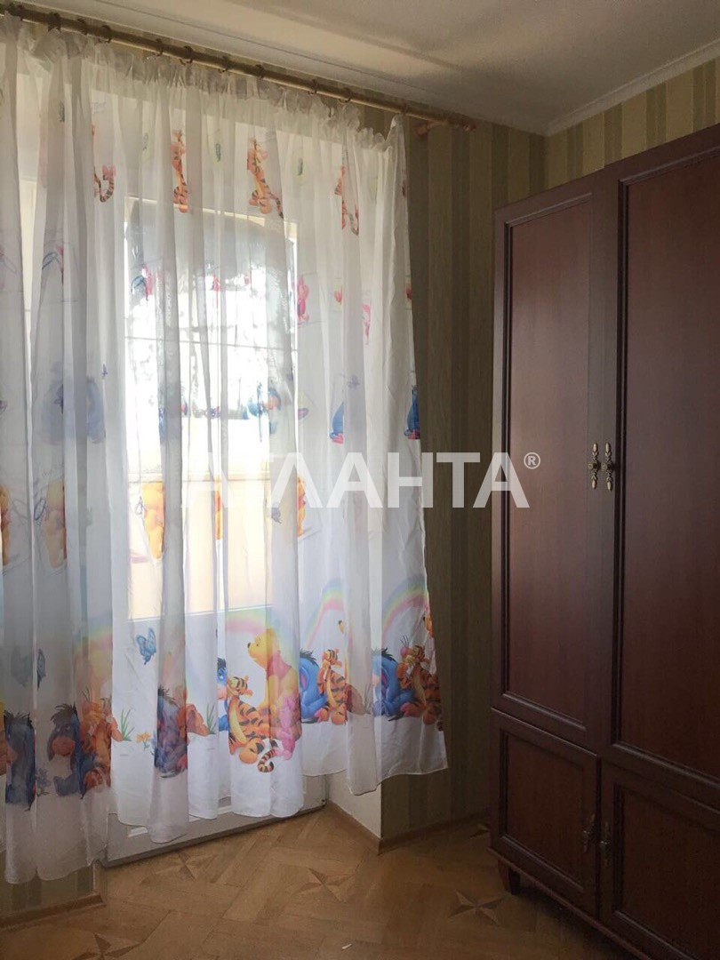 Продается 4-комнатная Квартира на ул. Инглези (25 Чапаевской Див.) — 60 000 у.е. (фото №3)