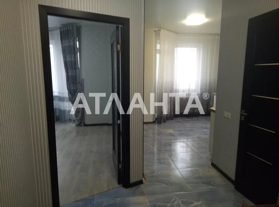 Продается 1-комнатная Квартира на ул. Радужный М-Н — 37 000 у.е. (фото №8)