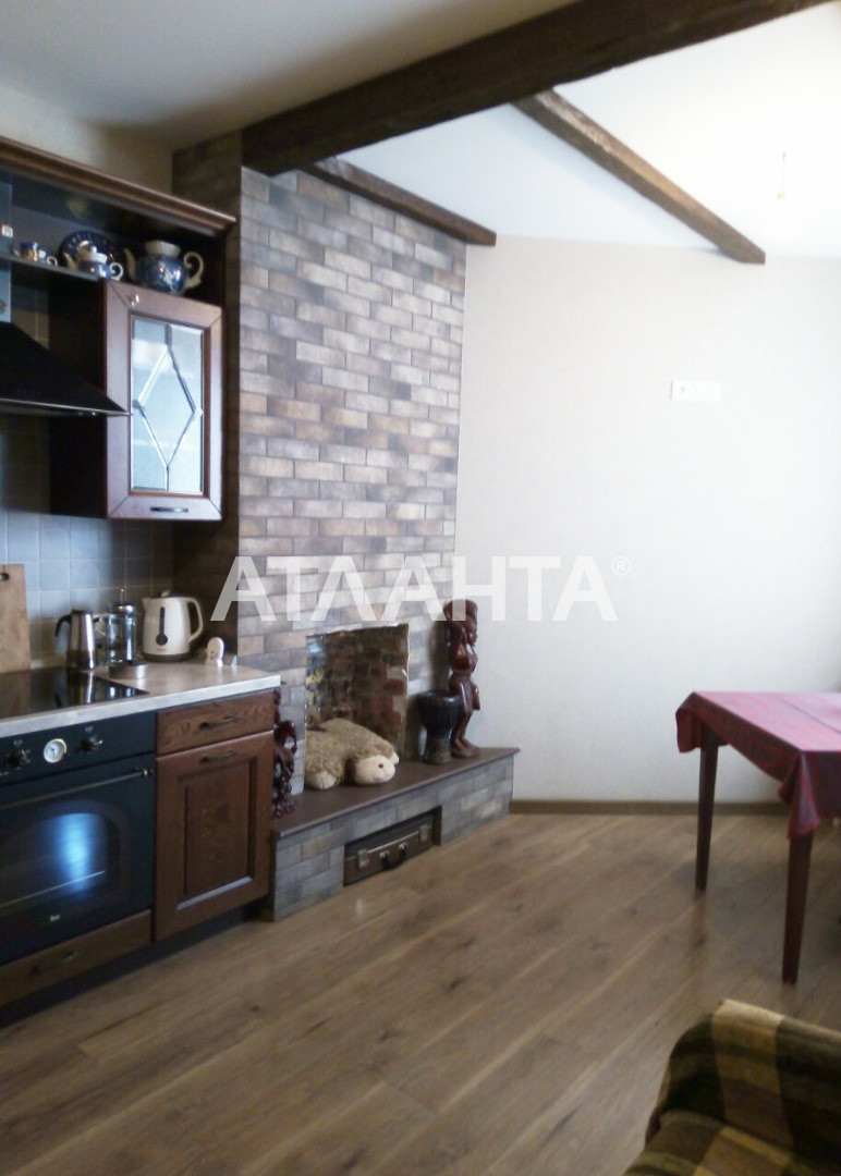 Продается 2-комнатная Квартира на ул. Радужный М-Н — 53 000 у.е.