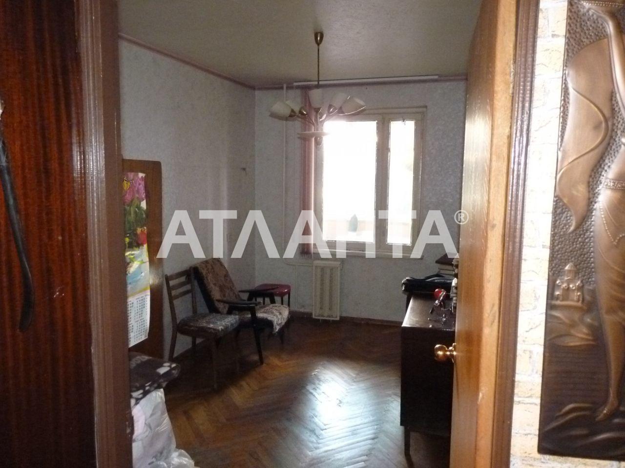 Продается 4-комнатная Квартира на ул. Днепровская Наб. — 65 000 у.е.