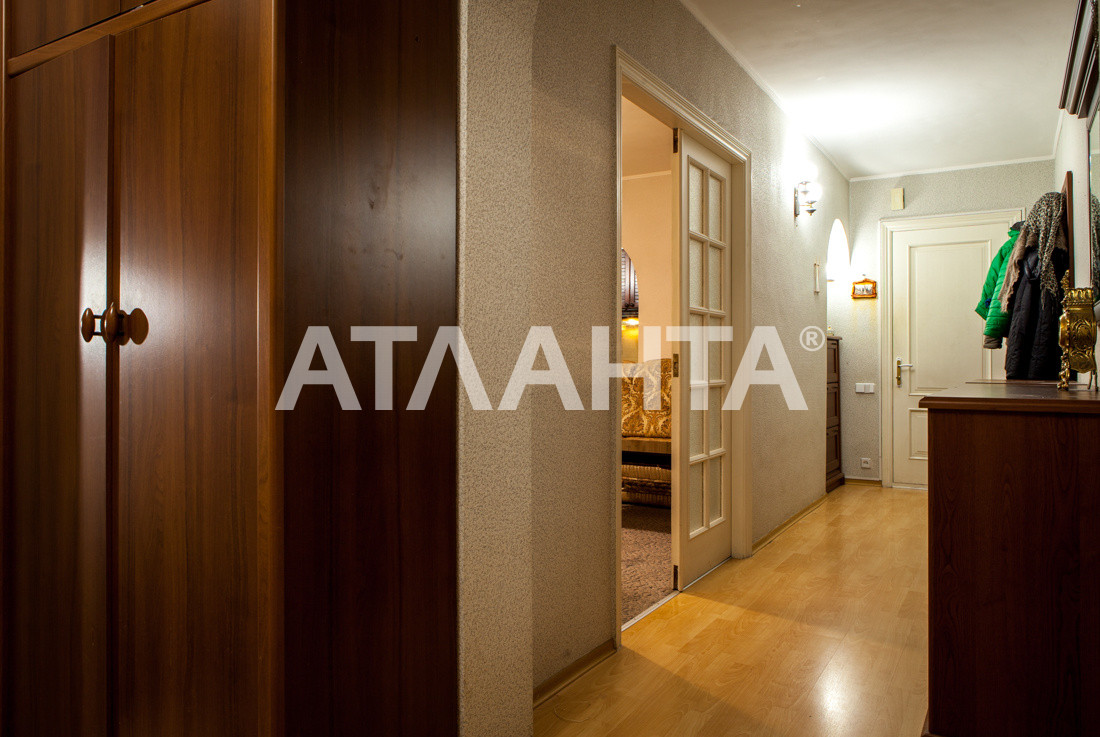 Продается 3-комнатная Квартира на ул. Просп. Глушкова — 66 000 у.е. (фото №16)