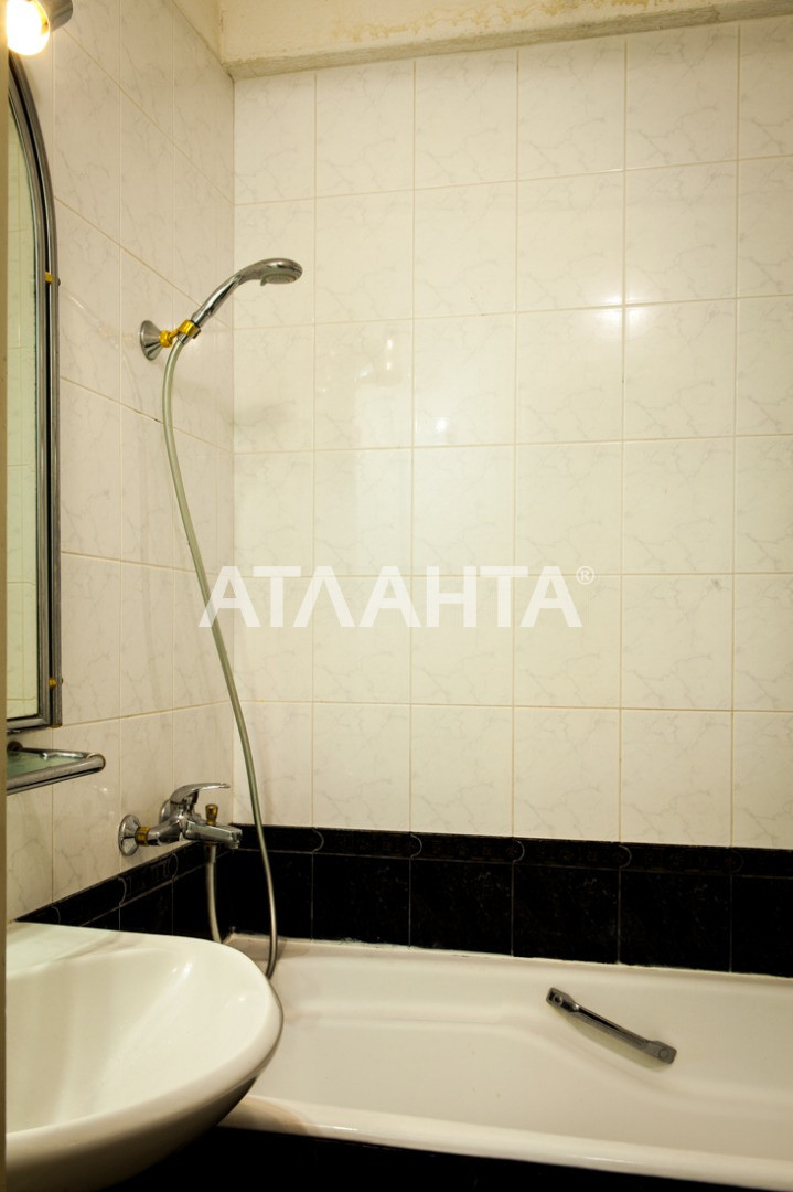 Продается 3-комнатная Квартира на ул. Просп. Глушкова — 66 000 у.е. (фото №23)