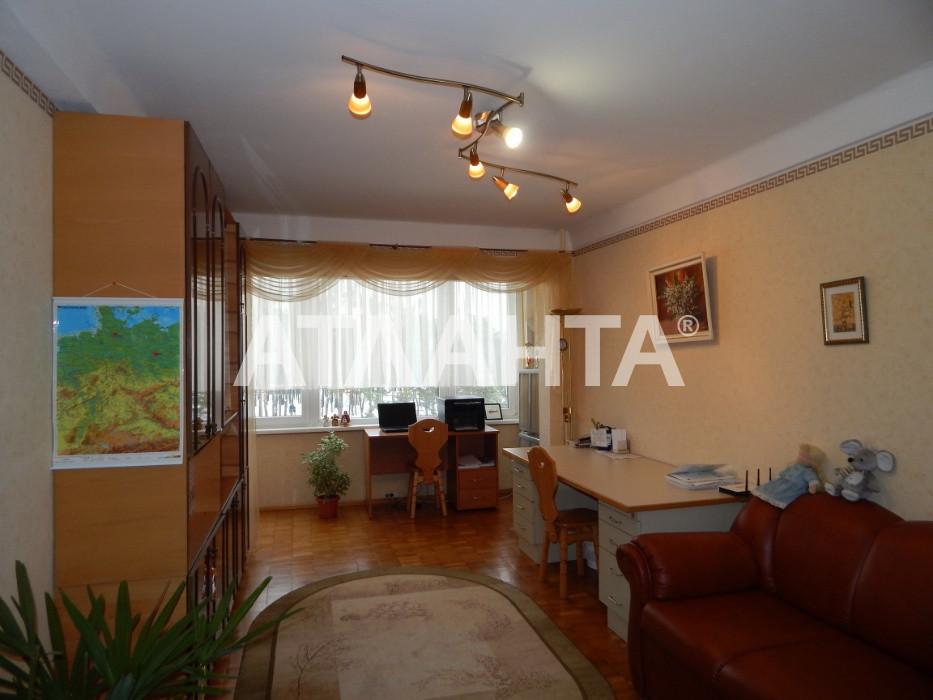 Продается 3-комнатная Квартира на ул. Ул. Милютенко — 57 000 у.е.