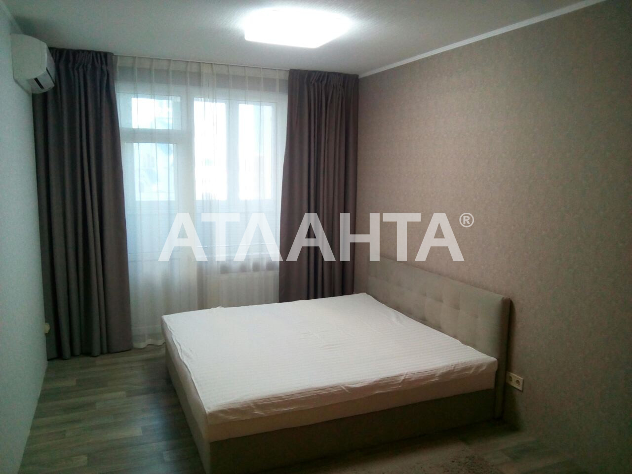 Продается 3-комнатная Квартира на ул. Просп. Глушкова — 139 000 у.е. (фото №3)