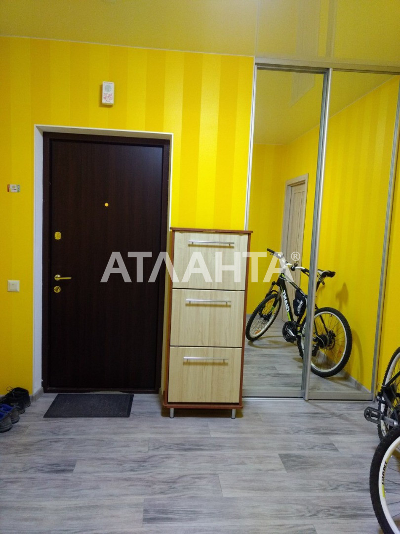 Сдается 4-комнатная Квартира на ул. Ул. Макеевская — 0 у.е./сут. (фото №9)