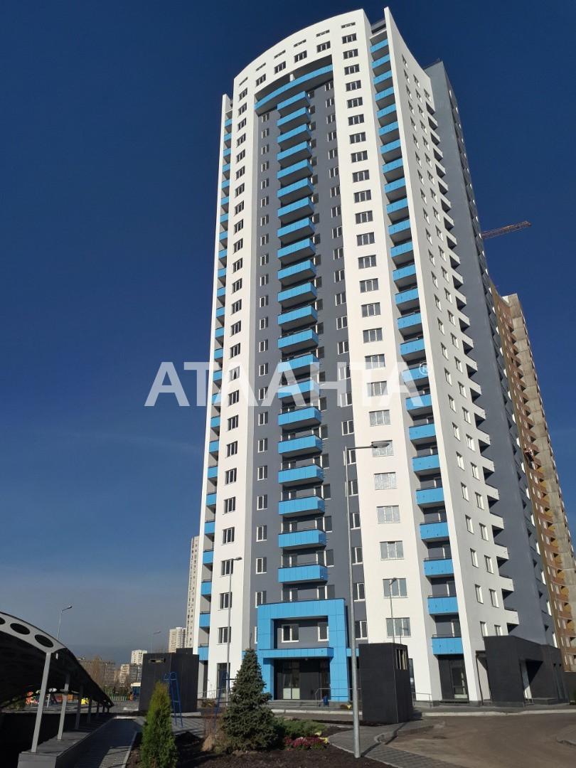 Продается 3-комнатная Квартира на ул. Оболонский Проспект — 130 000 у.е.