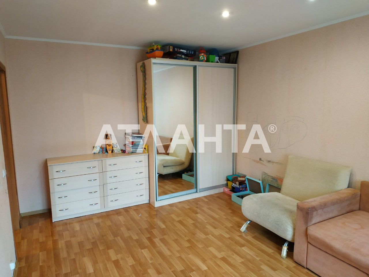 Продается 1-комнатная Квартира на ул. Ул. Героев Днепра — 42 000 у.е. (фото №2)