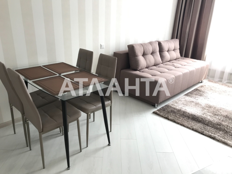 Сдается 2-комнатная Квартира на ул. Конева — 0 у.е./сут. (фото №2)