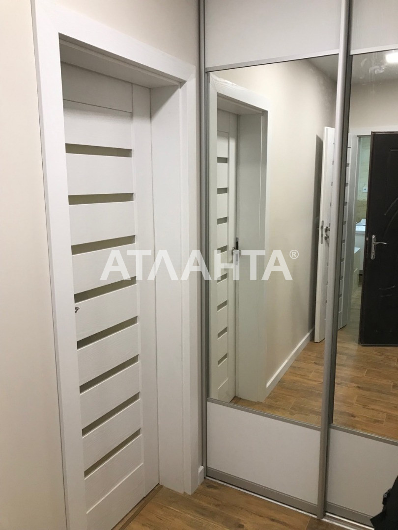 Продается 1-комнатная Квартира на ул. Ул. Ломоносова — 51 200 у.е. (фото №2)