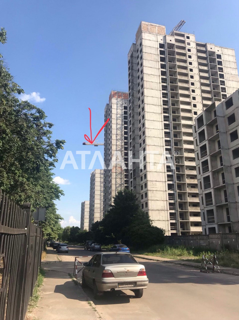 Продается 1-комнатная Квартира на ул. Просп. Глушкова — 32 500 000 у.е.