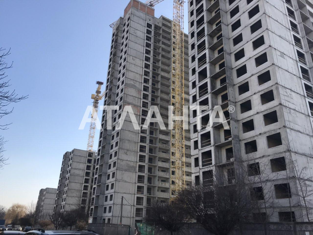 Продается 1-комнатная Квартира на ул. Просп. Глушкова — 32 500 000 у.е. (фото №2)