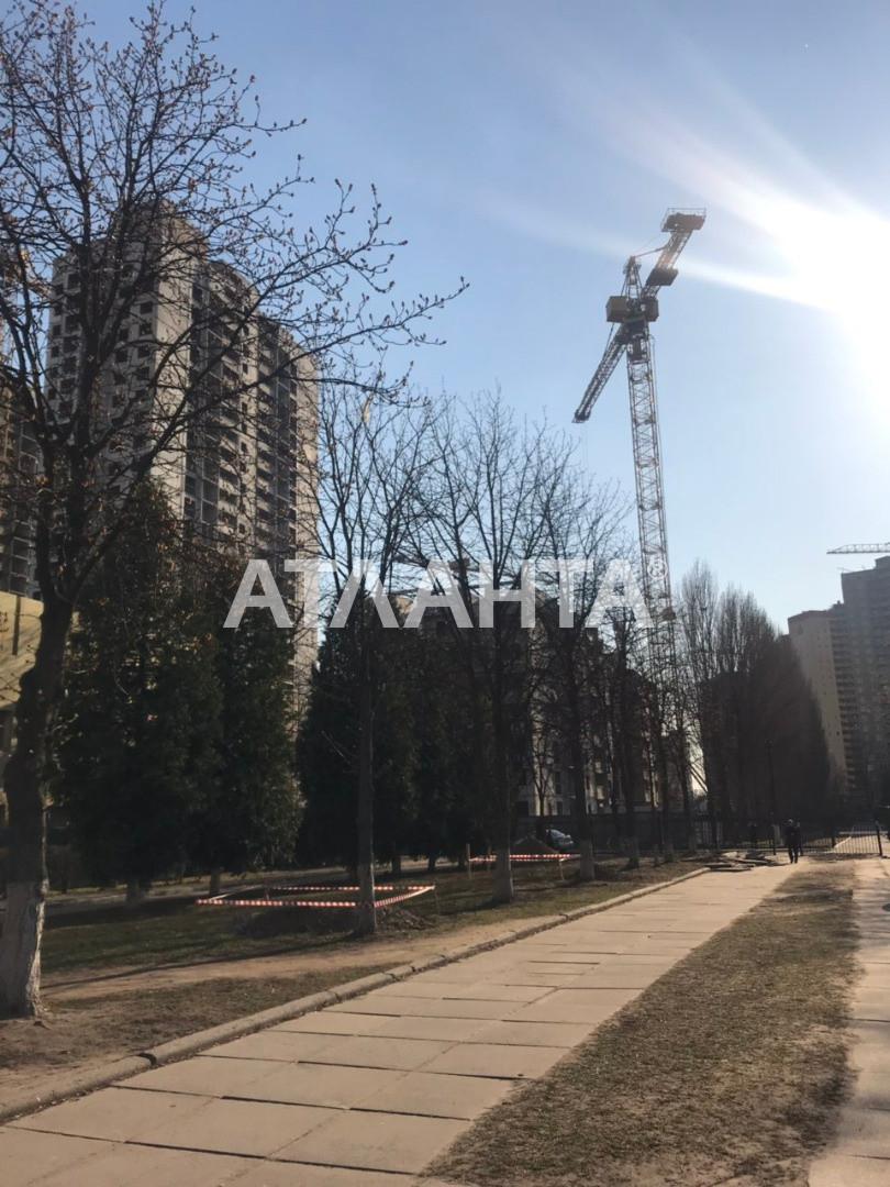 Продается 1-комнатная Квартира на ул. Просп. Глушкова — 32 500 000 у.е. (фото №4)