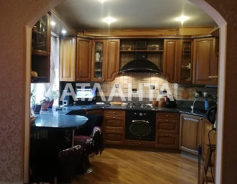 Продается 3-комнатная Квартира на ул. Ул. Героев Днепра — 80 000 у.е.
