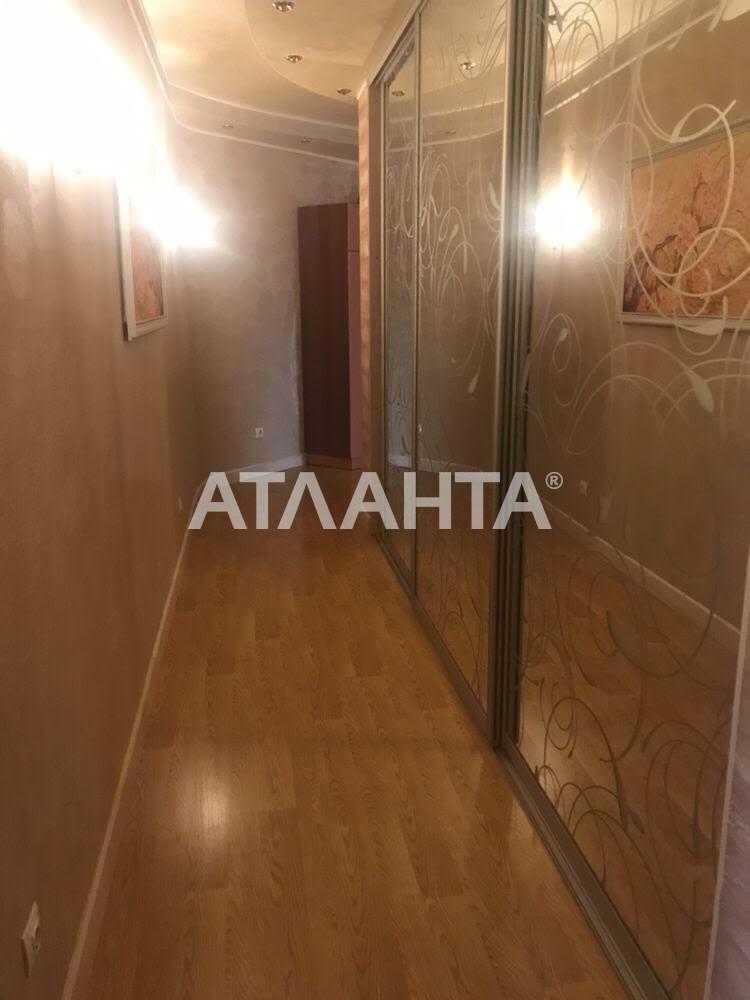 Продается 3-комнатная Квартира на ул. Просп. Лобановского — 170 000 у.е.