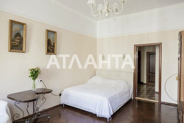 Продается 3-комнатная Квартира на ул. Ул. Саксаганского — 140 000 у.е.