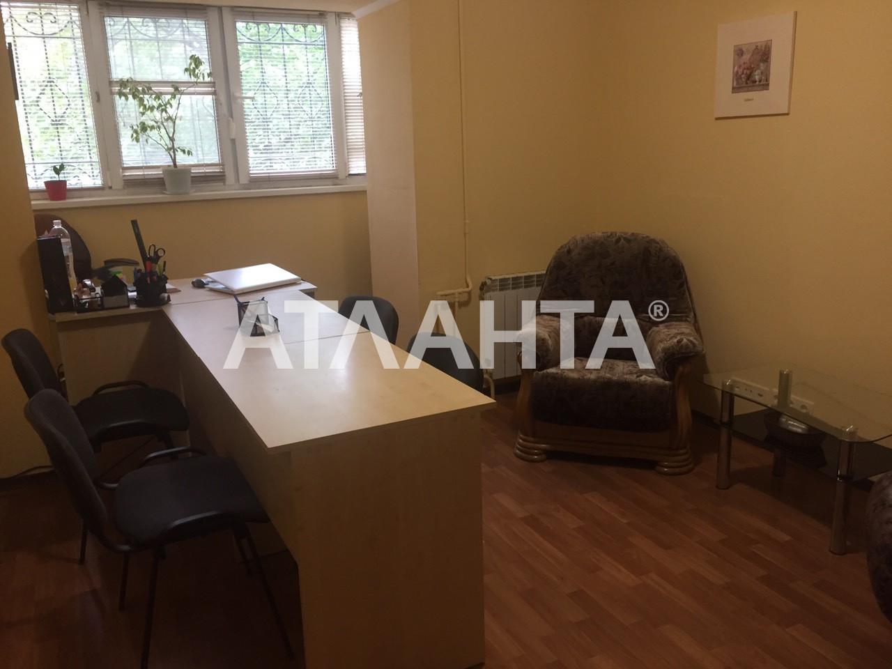 Сдается 3-комнатная Квартира на ул. Ул. Тимошенко — 0 у.е./сут. (фото №3)